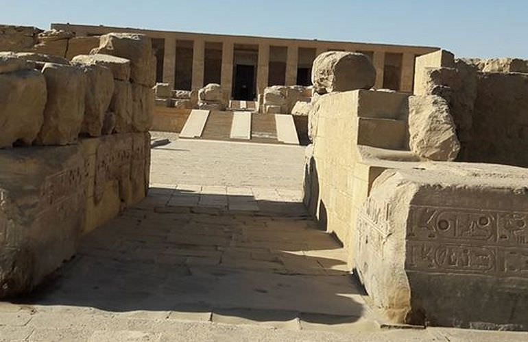 Ab Hurghada: Privater Tagesausflug nach Abydos mit Limousine