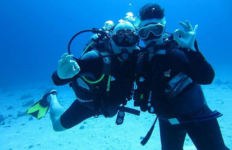 PADI Open Water Tauchkurs in Hurghada